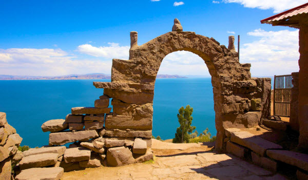 Forward Travel Lake Titicaca