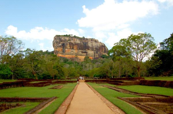 Visit Sigiriya