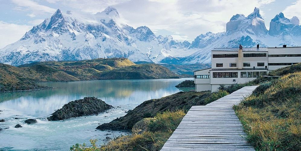 Day 6 Fly to El Calafate in Southern Patagonia
