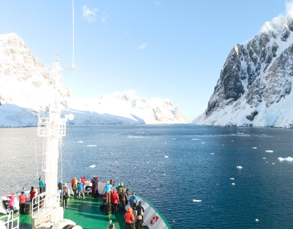 Forward Travel - Antarctica Spring season