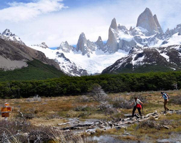 Forward Travel - El Chalten Argentina