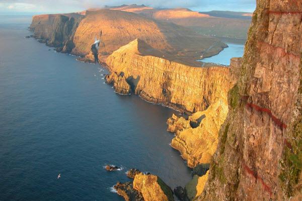 Forward Travel - Faroe Islands Europe