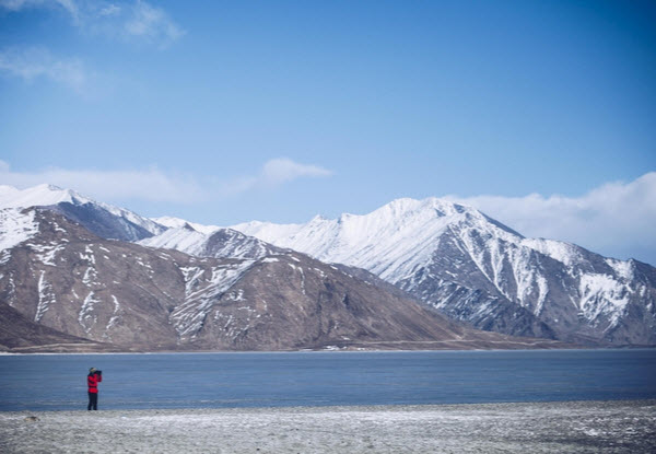 Forward Travel - Pangong Lake Leh Ladakh