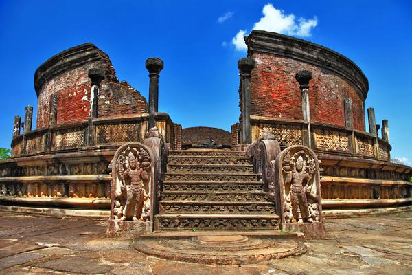 Forward Travel - Polonnaruwa Sri Lanka