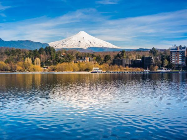 Forward Travel - Pucon Lake Chile