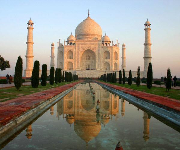 Forward Travel - Taj Mahal India