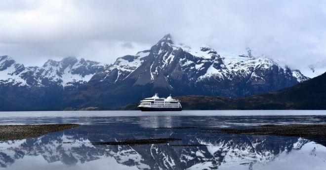 Cruising Patagonian Fjords