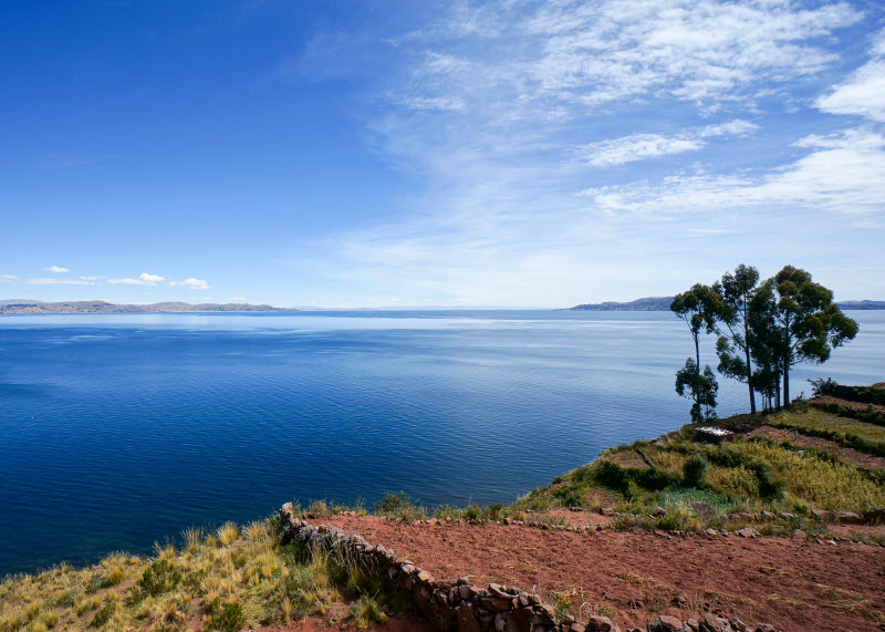 Day 9. Train across the Andes to Lake Titicaca